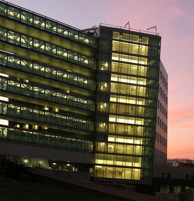 Cedars-Sinai Medical Center – Saperstein Critical Care Tower